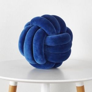 Other - 🖤2/$60🖤 NWT Navy Knot Accent Pillow